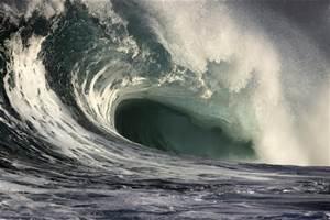 storm waves crashing