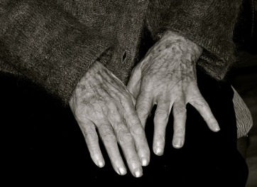 elderly woman hands